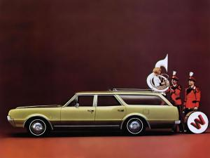 1967 Oldsmobile Cutlass Station Wagon
