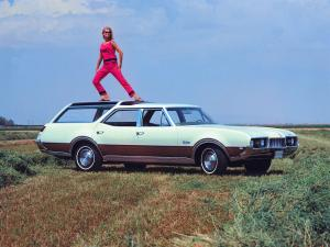 Oldsmobile Vista Cruiser Custom 1968 года