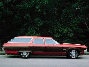 Oldsmobile Custom Cruiser 1971 года