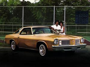 Oldsmobile Cutlass S Coupe 1975 года
