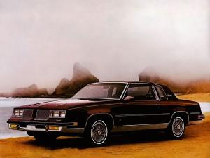 Oldsmobile Cutlass Supreme Brougham Coupe 1986 года
