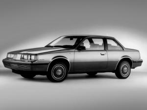 Oldsmobile Firenza Notchback Coupe 1986 года