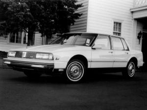 Oldsmobile Ninety-Eight Grande