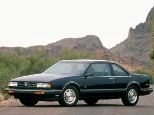 Oldsmobile 88 Royale Coupe 1990 года