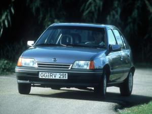 1990 Opel Kadett Beauty 5-Door