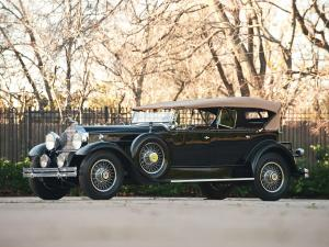 1930 Packard Deluxe Eight Sport Phaeton
