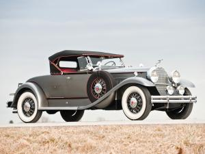 1931 Packard Deluxe Eight Roadster