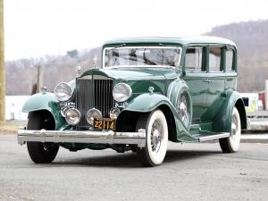 Packard Super Eight 7-Passenger Sedan 1933 года