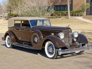 Packard Twelve Convertible Sedan by Dietrich 1934 года