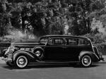 Packard 120 Touring Limousine 1937 года