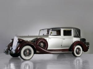 Packard Super Eight Town Car by Brewster 1937 года