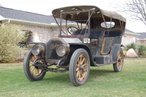 1909 Peerless Model 19 7-Passenger Touring Car