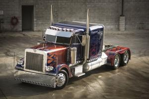2007 Peterbilt 379 Optimus Prime