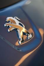 Peugeot iOn 2011 года