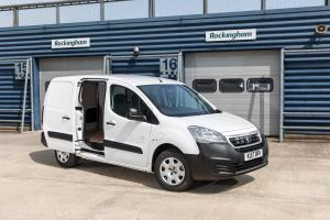 Peugeot Partner Van Long Electric 2017 года (UK)