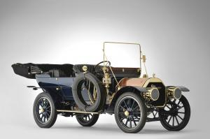 1909 Pierce-Arrow Series PP 40HP 7-Passenger Touring Car