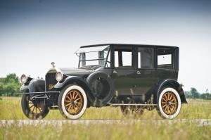 1920 Pierce-Arrow 7-Passenger Sedan
