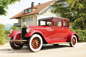 Pierce-Arrow 4-Passenger Opera Coupe 1927 года