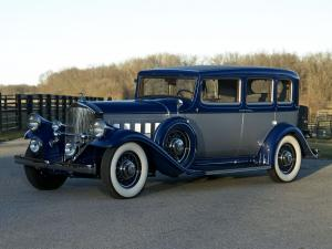 1932 Pierce-Arrow Twelve Model 53 Touring Sedan