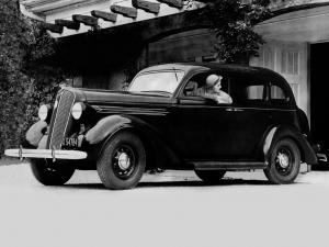 1936 Plymouth DeLuxe Touring Sedan