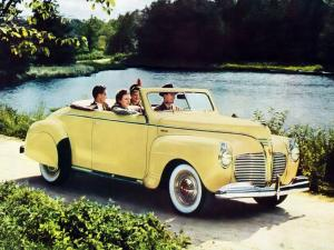 1941 Plymouth Special DeLuxe Convertible Coupe
