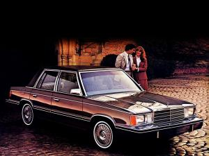 Plymouth Reliant Custom 4-Door Sedan 1982 года
