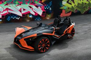 2017 Polaris Slingshot on Forgiato Wheels (F2.16-M)