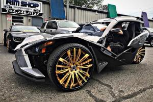 Polaris Slingshot on Forgiato Wheels (Montare-ECL) 2019 года