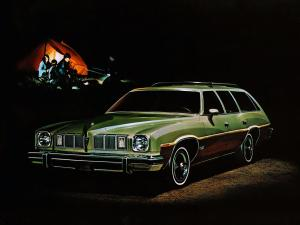 Pontiac Grand LeMans Safari 1975 года
