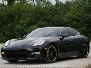 2011 Porsche Panamera Turbo by Switzer Performance