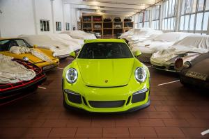 2015 Porsche 911 GT3 RS by Porsche Exclusive
