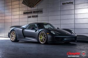 2017 Porsche 918 Spyder on Vossen Wheels (RS74)