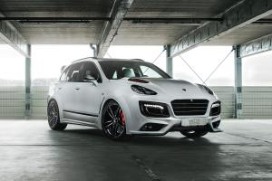 2017 Porsche Cayenne Magnum Sport 30 Years by TechArt