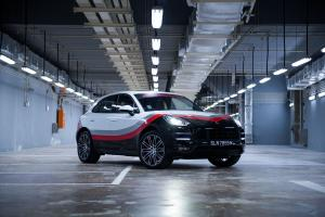 Porsche Macan Turbo Performance Package 2017 года (MY)