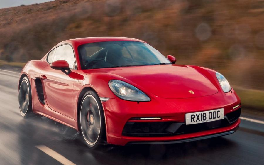 2018 Porsche 718 Cayman GTS (UK)