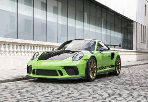 Porsche 911 GT3 RS Weissach Package 2018 года