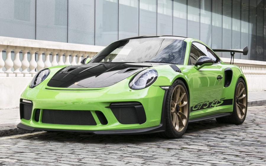 2018 Porsche 911 GT3 RS Weissach Package (UK)