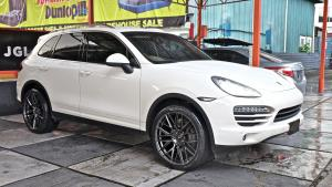 2018 Porsche Cayenne by Autofuture Design on Vorsteiner Wheels (V-FF107)