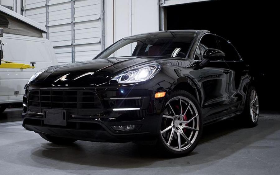 2018 Porsche Macan on PUR Wheels (FL26)