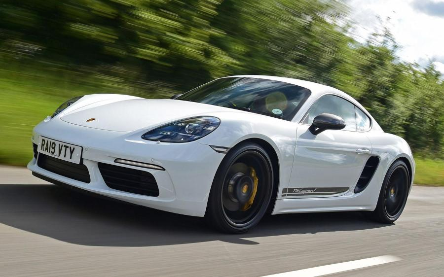 2019 Porsche 718 Cayman T (UK)
