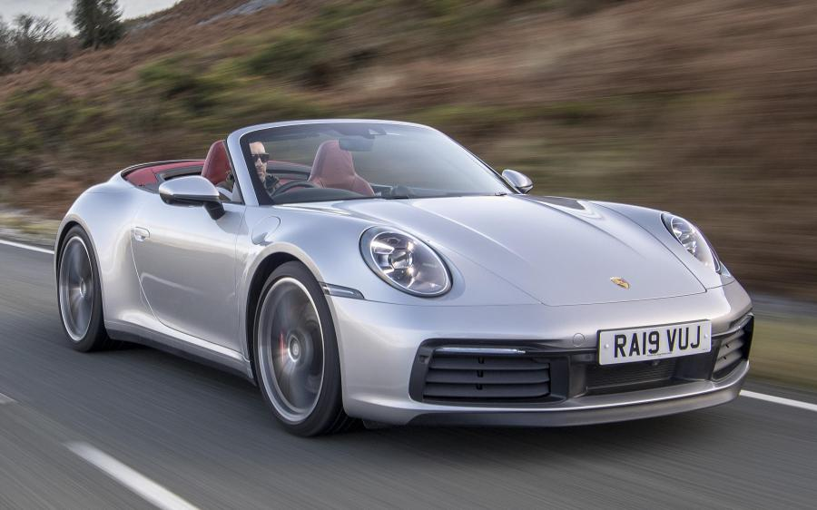 2019 Porsche 911 Carrera 4S Cabriolet (UK)