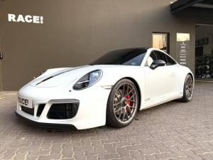 2019 Porsche 911 Carrera GTS by RACE!