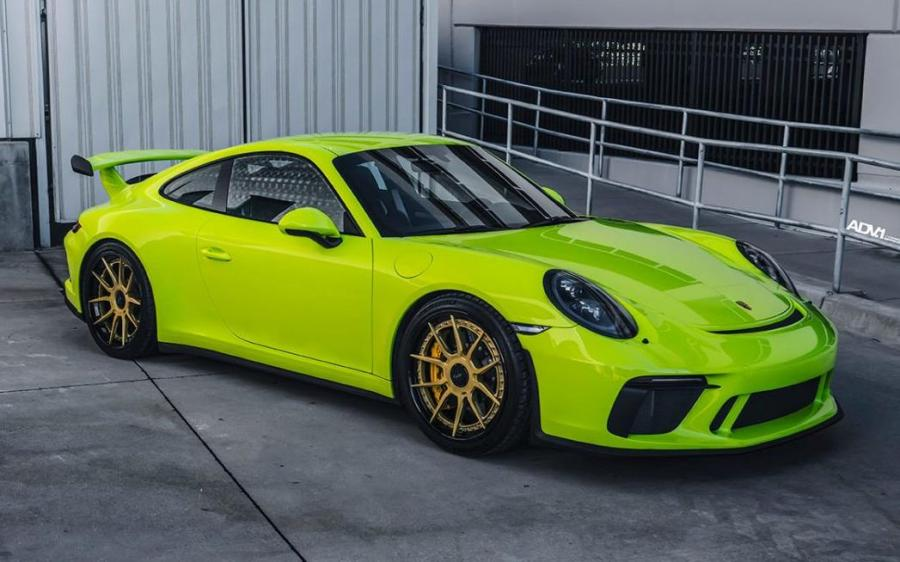 2019 Porsche 911 GT3 Acid Green on ADV.1 Wheels (ADV5.0 TRACK SPEC CS)
