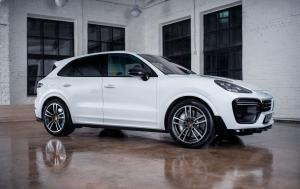 2019 Porsche Cayenne Turbo by MTR Design