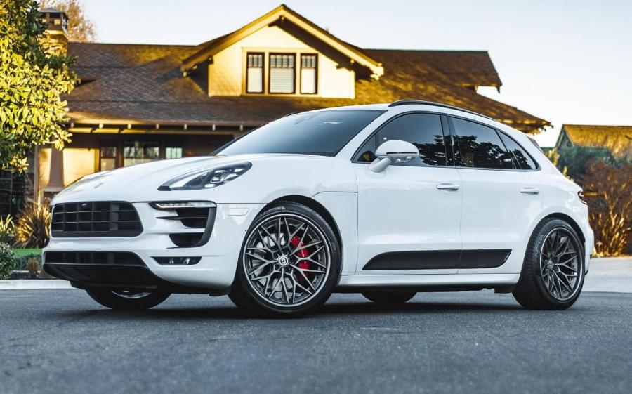 2019 Porsche Macan GTS on HRE Wheels (S200)