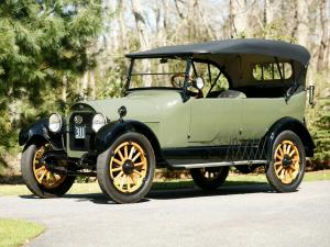 REO Model M Touring 1917 года