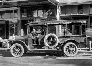 1920 REO Speed Wagon