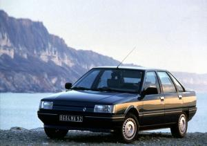 Renault 21 1990 года