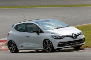 2015 Renault Lutecia R.S. Trophy