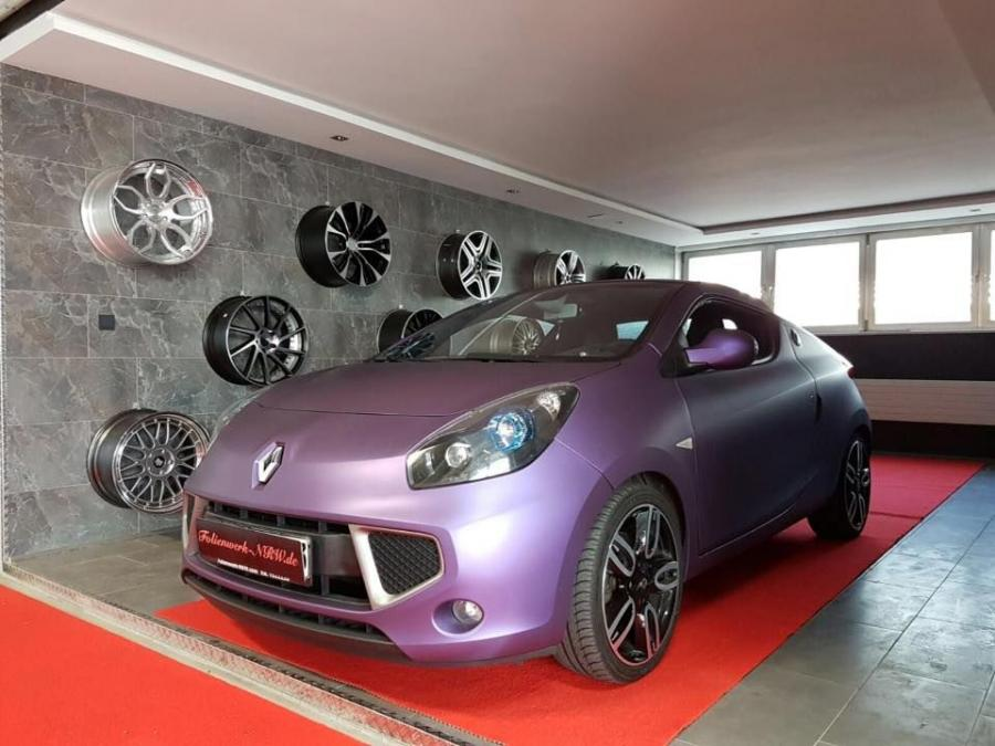 Renault Wind in Metallic Purple by Folienwerk-NRW